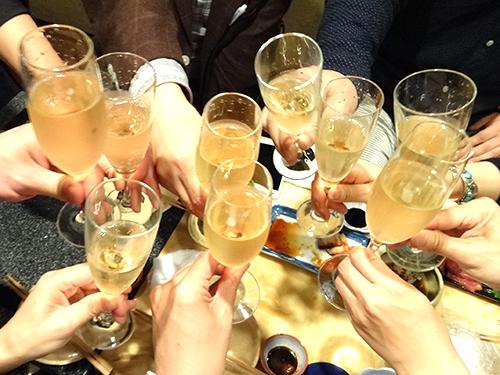 10シャンパン乾杯4