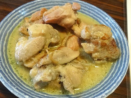 04鶏肉のタイ風カレー煮200