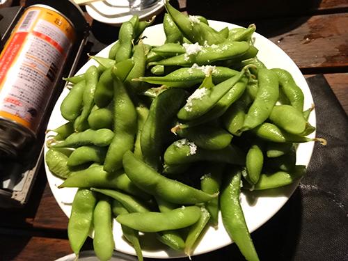 08山盛り枝豆