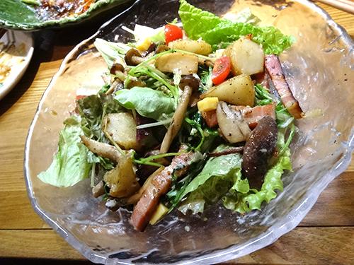 05キノコとベーコンのサラダ