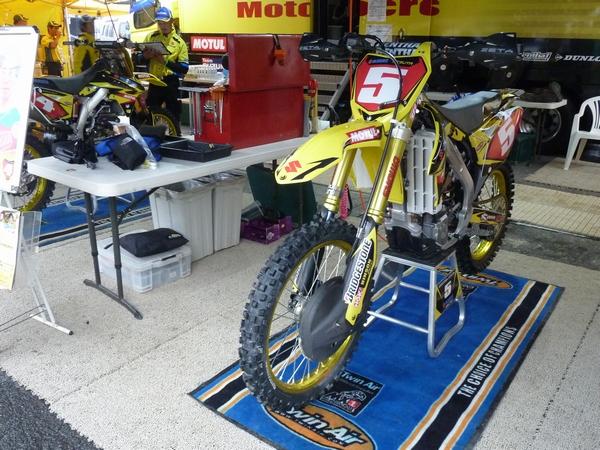 Z-moto3.jpg