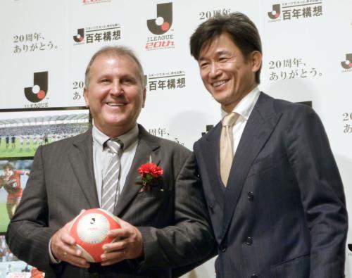 ジーコ氏「この20年で日本サッカーは進化した。サッカー史にも前例のないこと」