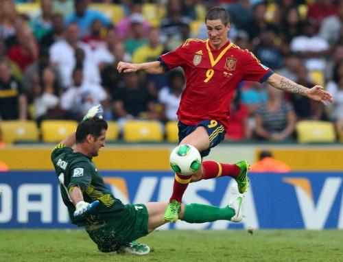 トーレス4得点!スペインがタヒチ相手に10ゴールを決める