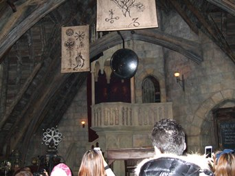 10/29 お城の中ハリーとロンとハーマイオニーが話してる
