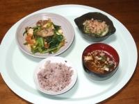 11/5 夕食 豚と厚揚げのオイスター炒め、オクラとなめこの山芋和え、ネギの味噌汁、雑穀ごはん