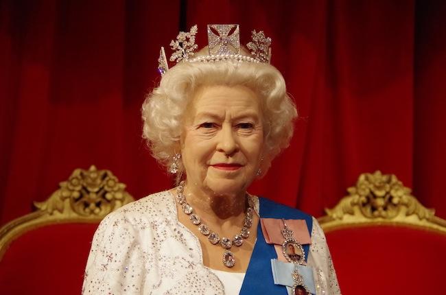 マダムタッソー女王陛下