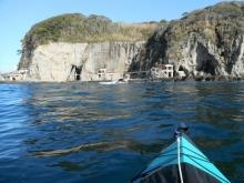 江の島の南側 洞窟 20131201