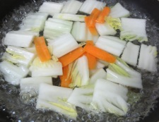 焼き豆腐と白菜の回鍋肉風 調理①