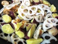 ホタテと根菜の炒め物 調理②