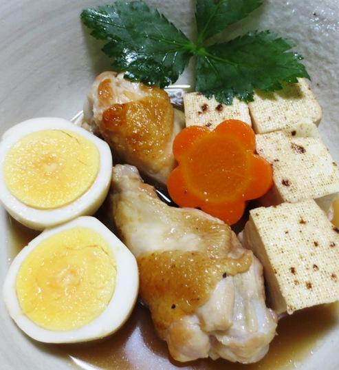 焼き豆腐と手羽元の煮物
