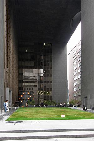 福岡銀行本店05