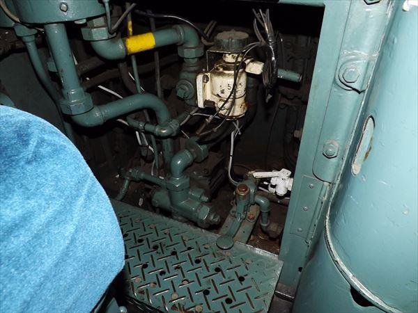 運転台周りの配管