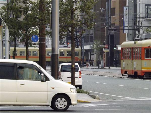 松山駅からも見えます