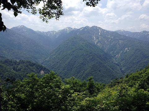 大倉山山頂より480