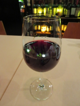 グラスワイン(日替) 700円