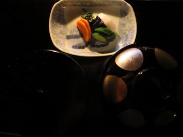 留椀、香の物、御食事