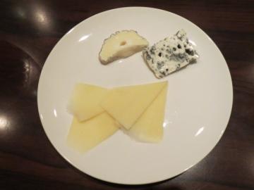 チーズ盛合わせ(小) 800円