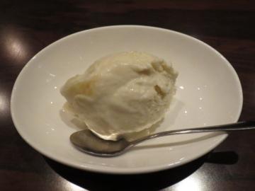 メロンのアイスクリーム 500円