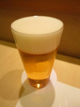 生ビール 800円