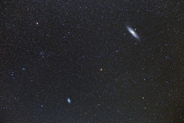 M31M33.jpg
