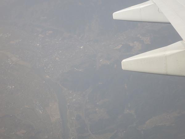 飛行機の上から 福岡 黄砂