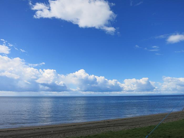 高岡オートキャンプ場 晴れ渡る海