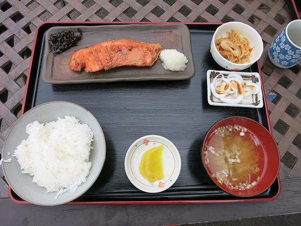 北緯43度のお食事処 銀鮭定食