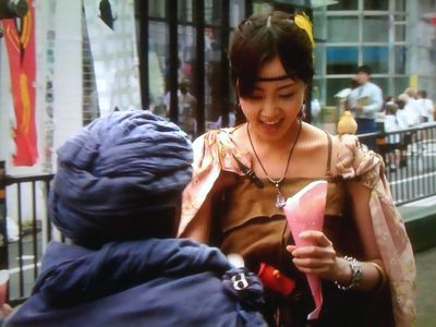 かわいすぐるムラサキさん