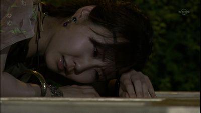 泣くムラサキさん
