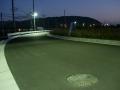 151003中之芝の史跡公園横の道は街灯がついてる
