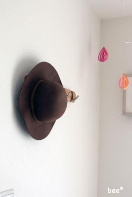 衝動買いしたネストローブの帽子