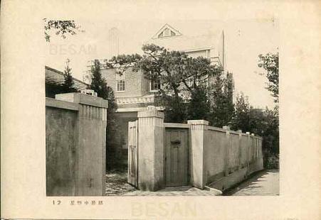 建築写真類聚住宅の外観012