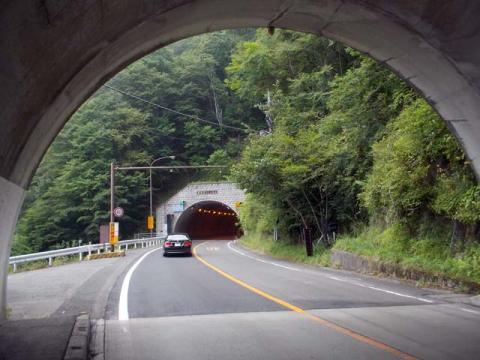 013明智トンネル