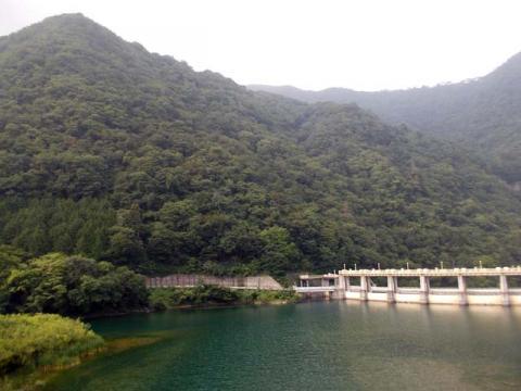 102川俣ダム下流のダム