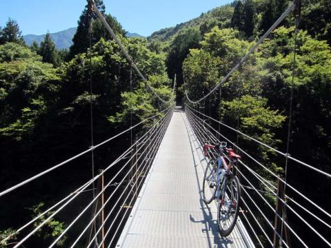 久保沢吊橋