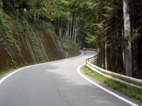 7県道18号今川峠へ