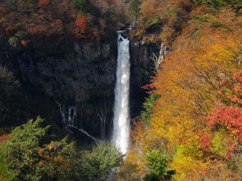 13華厳の滝1