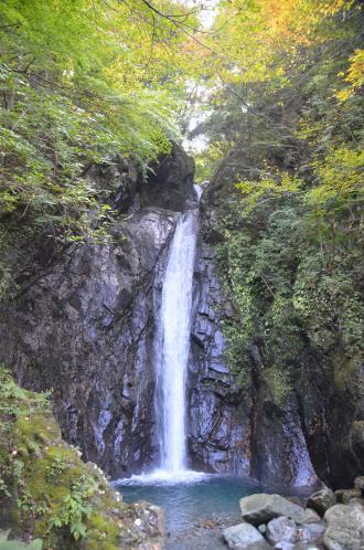 20131101エビラ沢の滝05