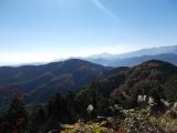景信山から小仏城山を望む