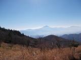 南に富士山を望む