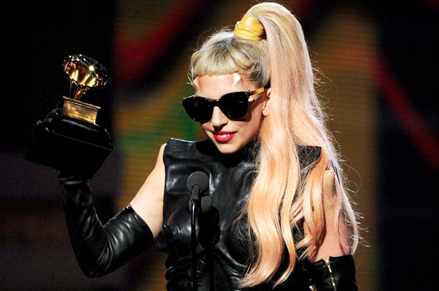 lady-gaga-winning-grammy-2011-show-617-409.jpg