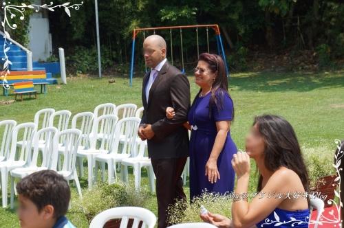 0-Loby家の結婚式-02入場2緊張している新郎
