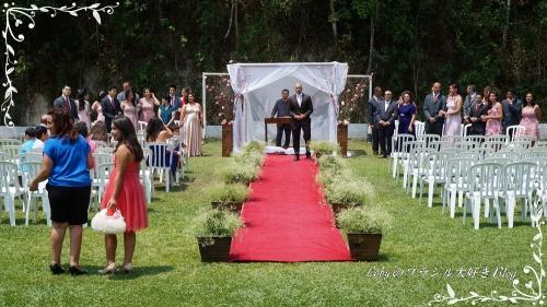 0-Loby家の結婚式-03花嫁を待つ花婿さん