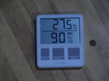 コーチのざわごと-温度・湿度計1