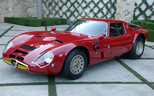 1965-Alfa-Romeo-TZ2-Zagato-02-1680.jpg