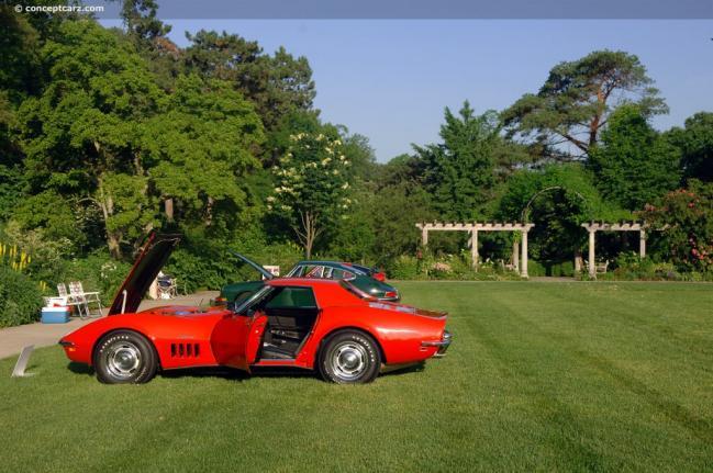 69-Chevy_Corvette_Stingray-DV-08_CC_01.jpg