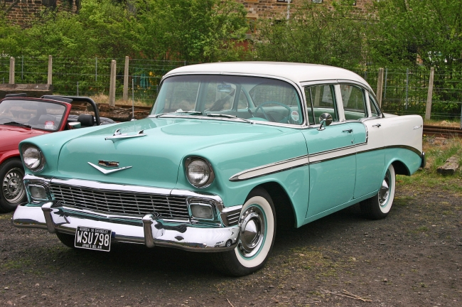 Chevrolet_Bel_Air_1956_4door_Sedan_front_20131209231305c99.jpg
