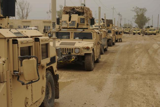 Humvee_Convoy.jpg