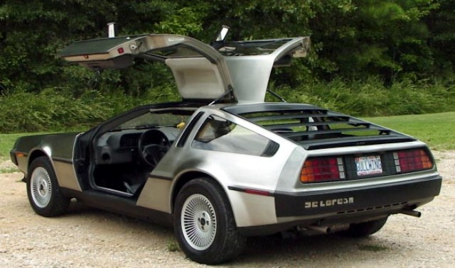 L-Delorean-3.jpg