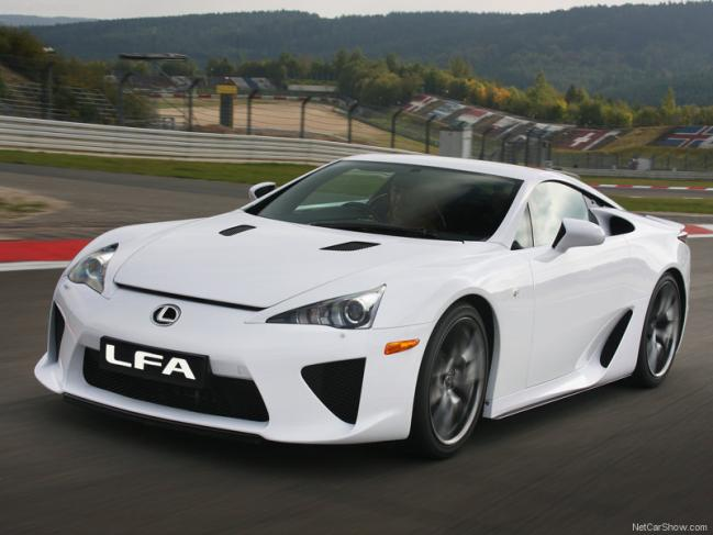 Lexus-LFA_2011_800x600_wallpaper_05.jpg